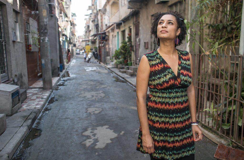 Cidadãs Posithivas protestam contra assassinato da vereadora Marielle Franco
